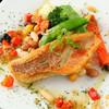 レ・グルモンディーズ cafe & bar - 料理写真:《築地直送 本日の鮮魚料理》 毎日築地から届く新鮮な魚を色鮮やかな野菜とどうぞ
