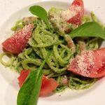 シェアーズ キッチン - サラダほうれん草のジェノベーゼ
