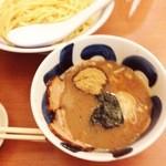 麺や葵 - つけ麺(780円)+味玉(月曜メンズサービス)