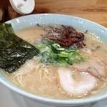 博多食堂 - ラーメン600円