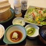 華屋与兵衛 - 料理写真:豚しゃぶせいろと彩野菜膳:924円