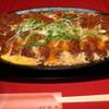 肉匠 伍島 - 料理写真:大判豚カツ卵とじ。お得ランチ・限定10食。35㎝の鉄板で満腹