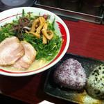 呉麺屋 - 白玉ラーメン(おにぎりセット)