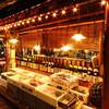 """魚寅本店 - 内観写真:""""漁師小屋""""を思わせる店内で、気兼ねなく盛り上がれます!  お酒好きの方が、美味しく飲めるお料理揃い!"""