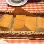 マンマパスタ - ランチのパン
