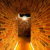 オジャ - 内観写真:隠れ家的な店内への入口です。
