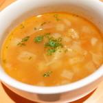 ピノッキオ - スープ(ピッツァランチのセット)。さつまいもが入っていて美味しかったです。