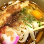 大須きしめん - 海老天きしめん 500円+卵50円。