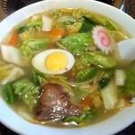 彩華飯店 - 料理写真:五目ラーメン 750円