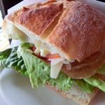 オールウェイズ - 料理写真:プロシュートとパルミジャーノレジャーノ