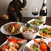 世界各国のワインとタイ料理のマリアージュが楽しめます♪