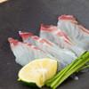 鮨処 幸 - 料理写真:その日の仕入れに合わせ日替わりで出される『鯛のお刺身』