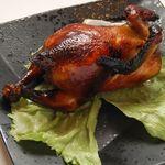 皇都 - 若鶏の釜焼き 時間をかけてじっくり焼き上げた自慢の味。中華の王様「若鶏」の釜焼きもオススメです!
