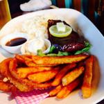 Sundance - ステーキは赤身で歯応えのあるお肉でした♬