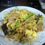 新華苑 - 料理写真:野菜炒め850円