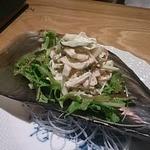 陽の介 - 平貝と生姜のサラダ