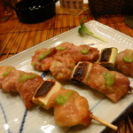 とり政 - 地鶏のわさび焼き(一皿3本)400円