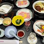 鷹泉閣 岩松旅館 - 料理写真:夕食