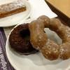 ミスタードーナツ - 料理写真:ポンデショコラ+ダブルチョコレート('14.03月にて)