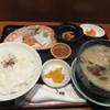 博多海鮮丼屋 どん舞 - 料理写真:暫く待つと注文した貝汁定食850円が運ばれてきました。