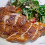 Royal Garden Cafe - ひな鶏のスパイシー焼き ガーリックとヨーグルトのソース【2014年3月】