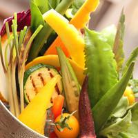 当店自慢の島野菜のバーニャカウダ