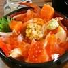 鱗晃荘 - 料理写真:バラ海鮮丼