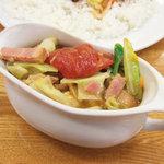 夢民 - ベーコンエッグ野菜Curry(830円)+トマトトッピング(150円)」