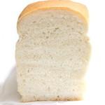 室生天然酵母パン - 室生天然酵母食パンの断面 '14 2月上旬
