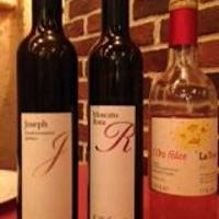 イタリア独特の地ブドウワインが多種類グラスでも楽しめます