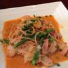 インティマーノ - 料理写真:ランチパスタ。エビとアスパラのトマトクリーム