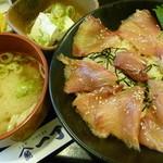魚や一丁 - 本日の日替わり丼(ぶりヅケ丼)税込780円