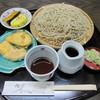そば処藤兵衛 - 料理写真:『天ぷら』と『小鉢』がサービス・・・。