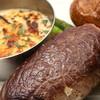 ノースコンチネント - 料理写真:色々チーズの濃厚ハンバーグ