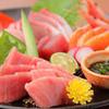 旬鮮台所 こがね家 - 料理写真:    鮮魚の刺身盛り