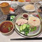 25349323 - 各々の好みでタイ料理を愉しむ春の休日