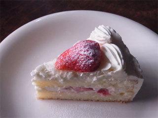 こぐま - 苺とホワイトチョコのショートケーキ