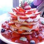 25381388 - 苺づくしのパンケーキ