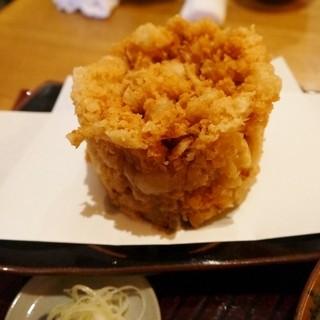 亀蔵 - 料理写真:太くて高いかき揚げ