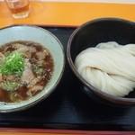空飛ぶうどん やまぶき家 - 豚バラの肉汁つけ麺