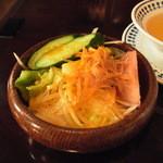 ステーキハウス 武蔵野 - サラダ