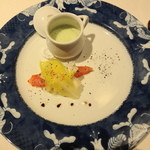 横濱元町 霧笛楼 - 鱒と緑豆のスープ