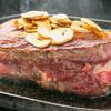 俺のステーキジョー - 料理写真:超厚切りエアーズロックステーキ【大麦牛】