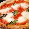 LUPINO - 料理写真:当店自慢の薪窯で焼き上げるピッツァはもちもち!マルゲリータ850円など
