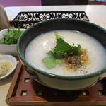 粥麺楽屋 喜々 - 鶏粥+シャン菜+腐乳