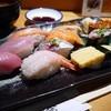 すし波奈 - 料理写真:ランチにぎり 2000円。