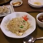 三宝亭 - 半チャーハン
