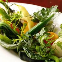 日本各地より厳選した美味しい有機野菜をお楽しみください。