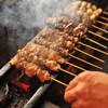 勝屋 - 料理写真:鶏を最高の状態に仕上げる備長炭