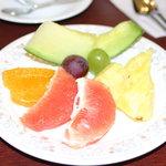アスター - フルーツ 1皿目